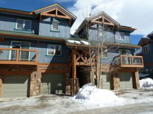 Los Pinos Breckenridge CO Ski Condos For Sale in Breckenridge Real Estate